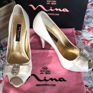 Nina Ivory Bridal Shoes NWT